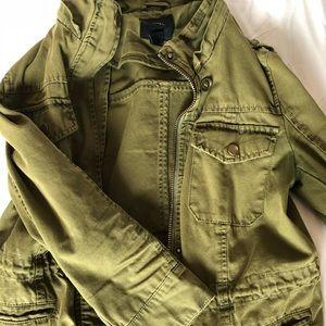 Army green 3/4 sleeve jacket